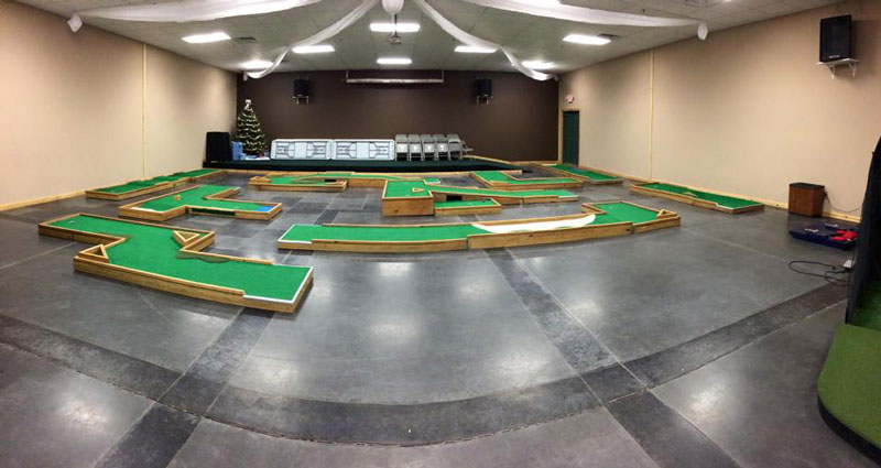 The Golf Cave Mini Golf